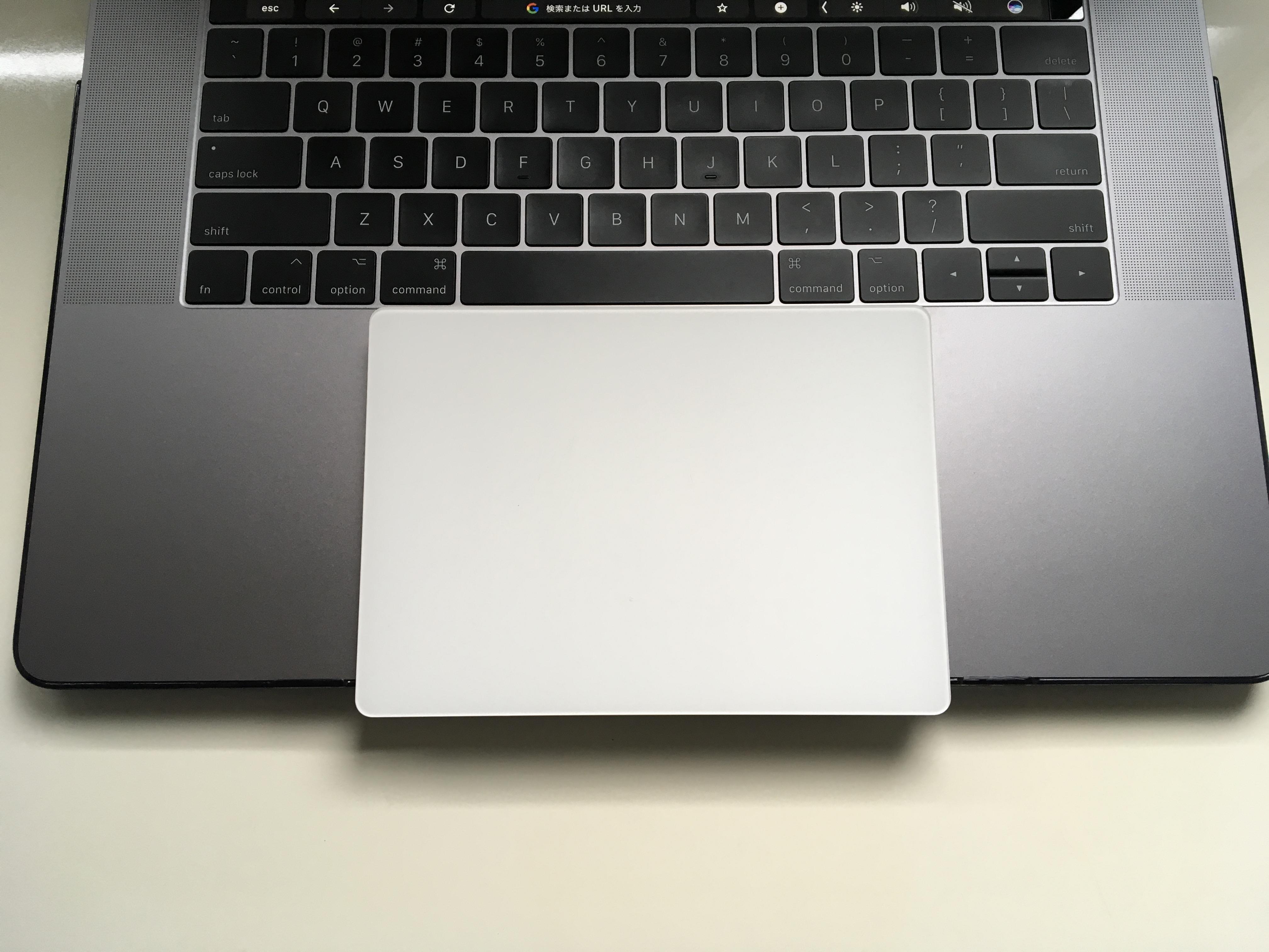 Trackpadの大きさを比較
